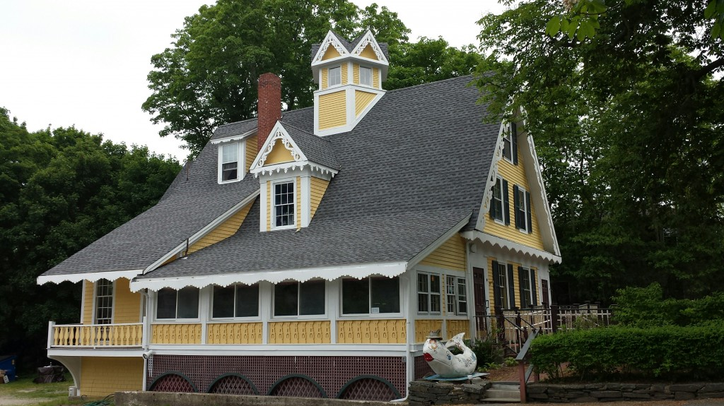 Yellow-house-from-west-1024x575
